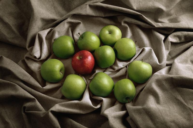 Снимка на ябълки